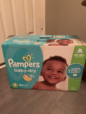 164 pampers size 5 for Sale in Midlothian, TX