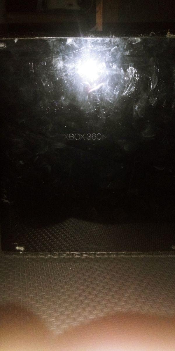 XBOX 360 (Good Condition)