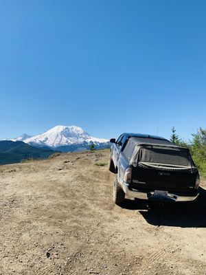 2014 tacoma bumper and receiver for Sale in Edgewood, WA