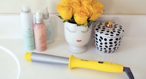 Dyson Supersonic Blowdryer, Blowdrybar Brush Crush & Curl Wand for Sale in Los Angeles, CA