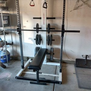 Squat Rack, Bench, Leg Press, Leg Extensions, Leg Curls All In One for Sale in Hesperia, CA
