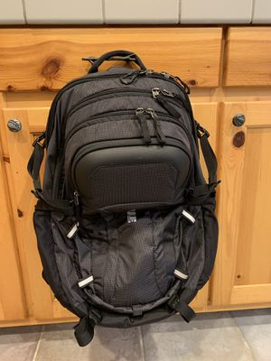 Thule EnRoute Escort 2 Backpack for Sale in Issaquah, WA