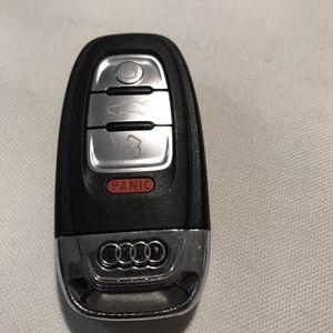 2015 Audi Q5 Key for Sale in Miami, FL