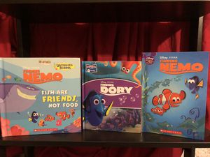 Disney Pixar Finding Nemo, Finding Dory 3 books lot sale! for Sale in Phoenix, AZ