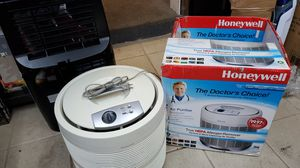 /Home/Heating, Cooling & Air Quality/Air Purifiers‎ product description page Honeywell® True HEPA Allergen Remover Air Purifier 50250 for Sale in Melvindale, MI