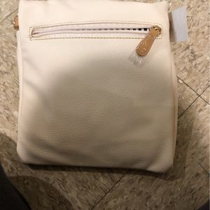 White Hand Bag for Sale in Waldwick, NJ
