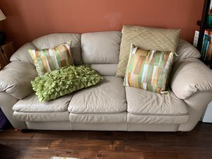 Sofa and chair set for Sale in Fremont, CA