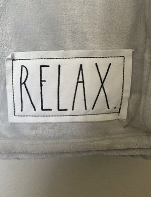 Rae Dunn RELAX Soft Blanket Throw for Sale in San Bernardino, CA