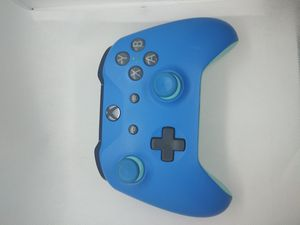 Xbox One Controller Custom Blue/Teal for Sale in Middleborough, MA