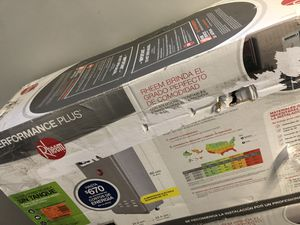 Rheem Performance Plus 9.5 GPM Natural Gas Mid Efficiency Outdoor Tankless Water Heater for Sale in Bellaire, TX