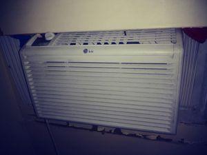 6,000 BTU window AC for Sale in Owings Mills, MD