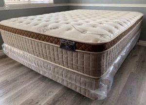Organic europillop top full size Mattress with boxpring Included for Sale in Madera, CA