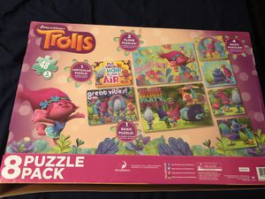 Trolls 8 pack floor puzzles (complete ) for Sale in Fort Lauderdale, FL