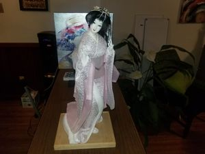 Antique Japanese geisha dolls for Sale in Memphis, TN