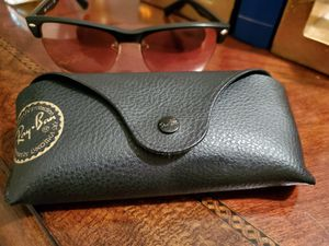 NICE,WOMENS RAY BANS for Sale in Johnson City, TN
