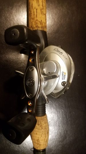 Abu Garcia ambassseduer revo stx for Sale in Mesa, AZ