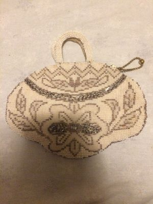 Vintage Czechoslovakia beaded purse for Sale in New Haven, CT
