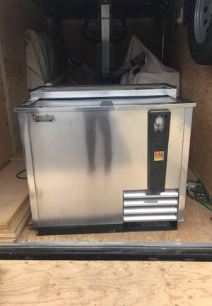 Beer refrigerator for Sale in Manassas, VA