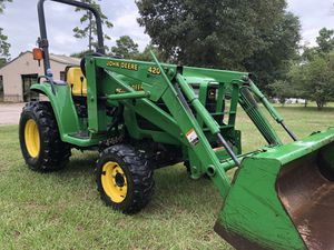 4x4, 4200 John deer tractor with front end loader low hours for Sale in Hockley, TX