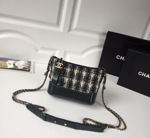 Chanel leather bag for Sale in San Jose, CA
