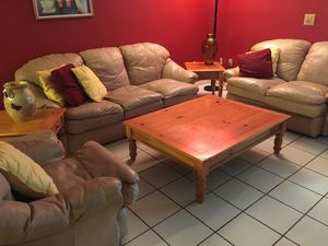 Leather Living Room Set for Sale in Miami, FL