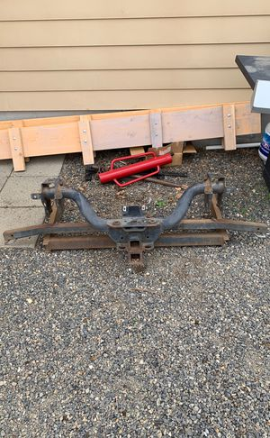 Heavy duty tow package with camper tie down for Sale in Ellensburg, WA