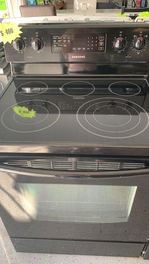 Samsung stove - 1 week warranty for Sale in Orlando, FL