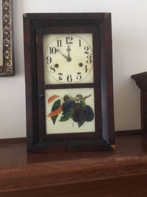 Antique Shelf/Mantle Clock (For Parts or Restoration) for Sale in Richfield, OH