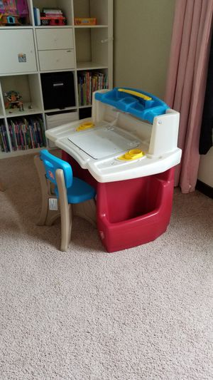 Kids Desk chair set for Sale in Mill Creek, WA