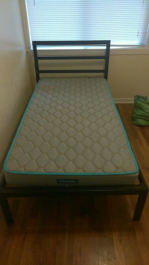 Twin metal bed w/ mattress included for Sale in Temple, TX