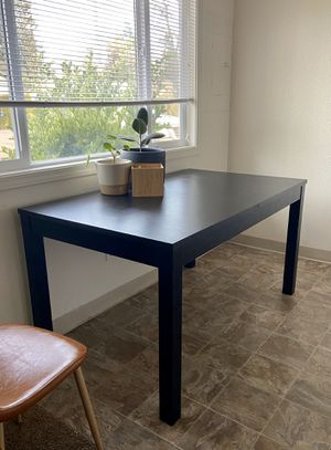 IKEA TABLE for Sale in Battle Ground, WA
