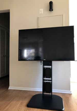 "RCA TV 46"" no remote comes with the stand works perfect for Sale in Fairfax, VA"