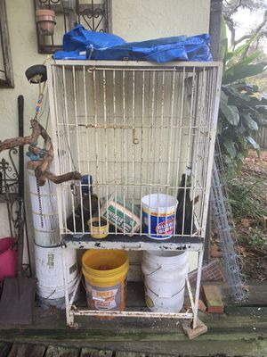 Ugly Bird cage for Sale in Brandon, FL