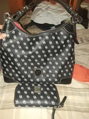 dooney &bourke for Sale in Las Vegas, NV