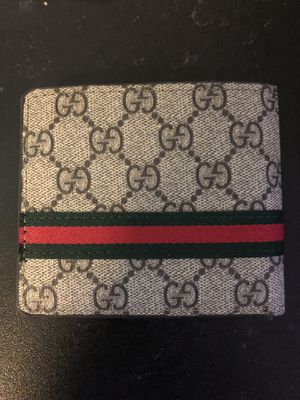 Gucci GG supreme wallet for Sale in Land O Lakes, FL