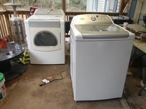 Whirpool washer and dryer for Sale in Houston, TX