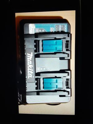 Makita double battery charger for Sale in San Jose, CA