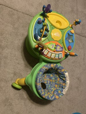Circle walker/play set and sit and spin for Sale in Peoria, IL
