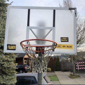 Free Scrap Metal Basketball Hoop u haul READ for Sale in Portland, OR