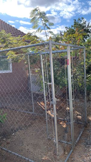 Dog kennel for Sale in Moreno Valley, CA