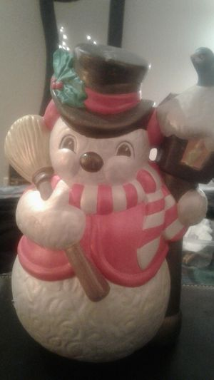 Vintage hand painted ceramic Snowman 40 years old for Sale in Glendale, AZ