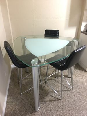 Dining table set for Sale in Tampa, FL