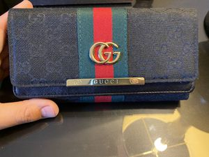 Womens Gucci Wallet for Sale in West Chicago, IL