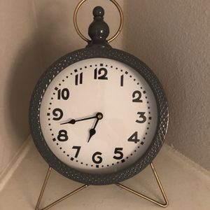 Decorative Table Clock for Sale in Los Angeles, CA
