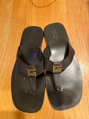 Men's gucci sandals size 10 for Sale in Calabasas, CA