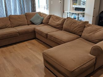 Free large Sectional Sofa for Sale in HUNTINGTN BCH,  CA