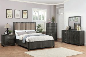 🌟GREY WOOD BEDROOM ON SALE 🌟••Limited Time••🌟🌟BEDROOM SET: QUEEN BED + NIGHTSTAND+ DRESSER+ MIRROR (**Mattress and Chest not for Sale in Buena Park, CA