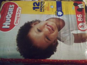 Huggies 86 ct for Sale in Cutler, CA
