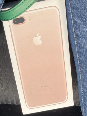 iPhone 7 Plus unlocked for Sale in Miami Gardens, FL