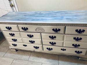 Dresser for Sale in Charlotte, NC